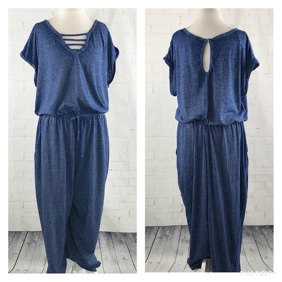 c537bdde41a NWT Comfortable Blue Plus Size Jumpsuit SZ 3X